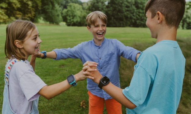 New Xplora X5 Play smartwatch for kids keeps families connected and gets kids active
